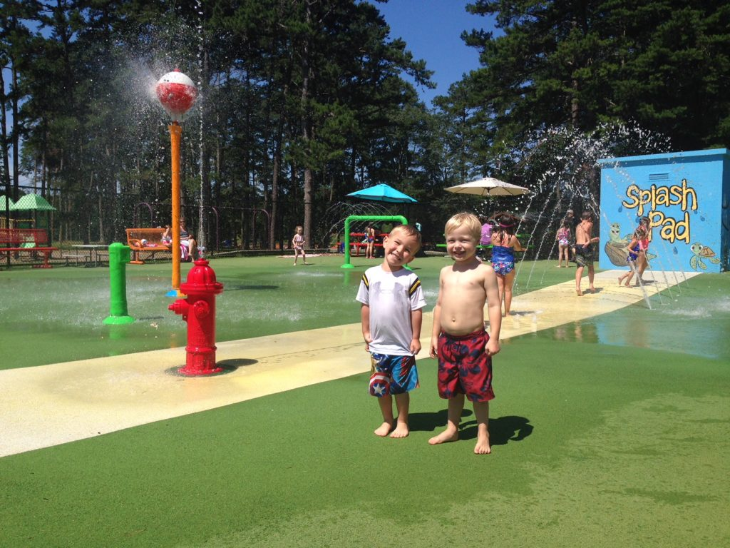 summer birthday party ideas splash pad